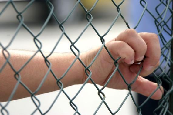 Un français et quatre algériens condamnés pour viol