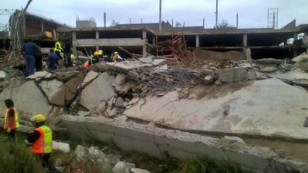 Les premiers rapports suggèrent que le mur du fond a cédé