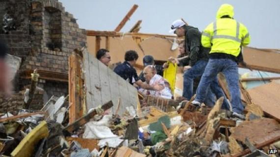 Des dizaines de personnes auraient été blessées par les tornades