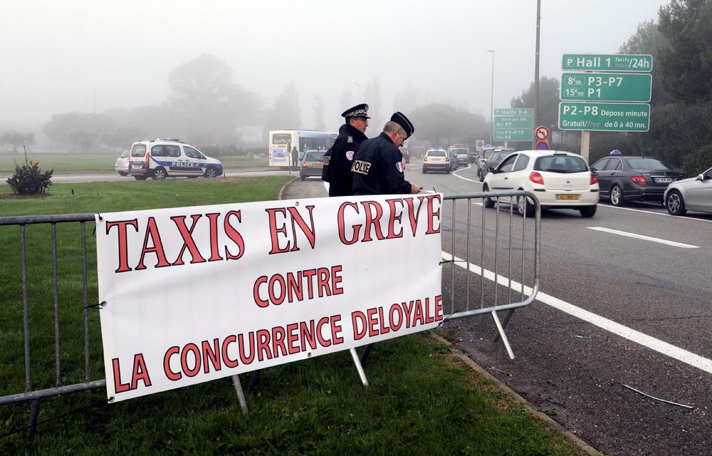 La-colère-des-taxis-ne-sestompe-pas