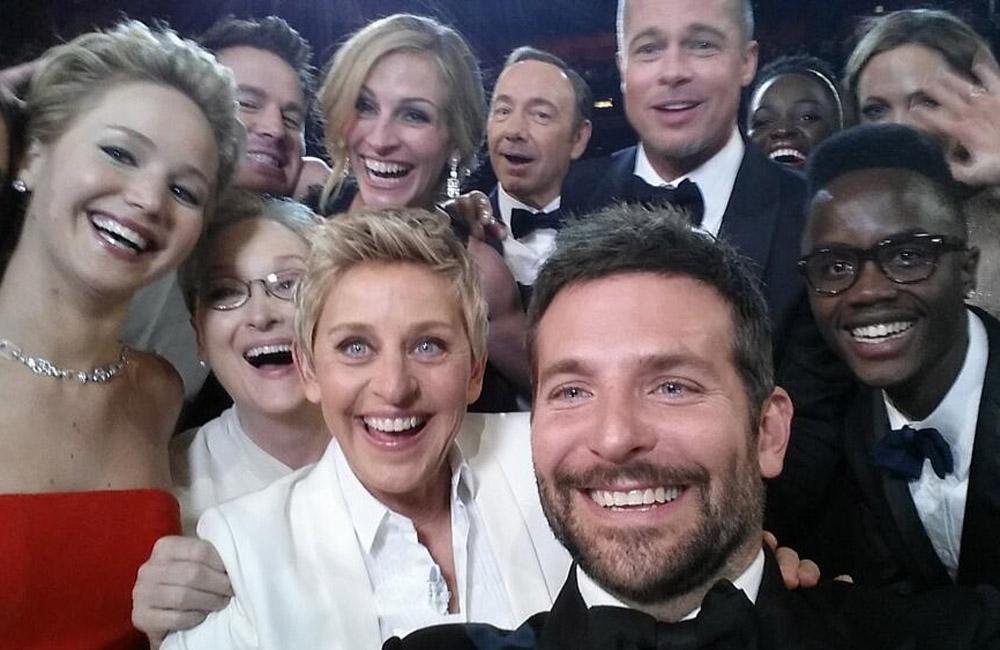 """Le """"Selfie"""" des Oscars"""