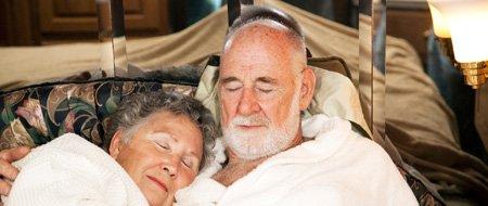 Faut dormir plus de 6h et pas plus de 8h pour renforcer la mémoire des personnes âgées