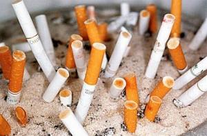 Les adolescents fument de mois en moins