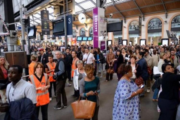 SNCF: La grève des cheminots se poursuit