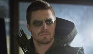 L'acteur d'Arrow n'apparaîtra pas dans le film Batman VS Superman