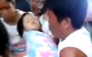 L'enfant est en vie alors qu'il est déclaré mort