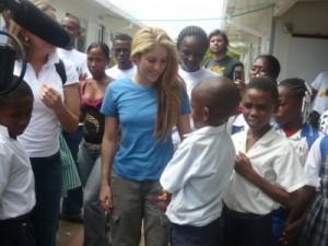 Shakira aides humanitaires