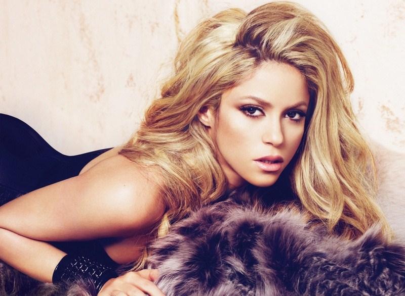 Shakira vient en aide aux enfants de son pays