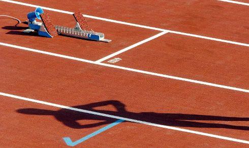 Une piste d'athlétisme au tracé rectangulaire