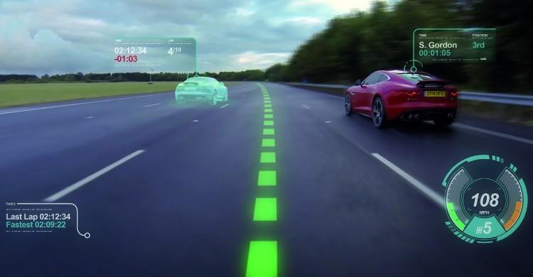 Jaguar se dote d'un pare-brise à réalité augmentée