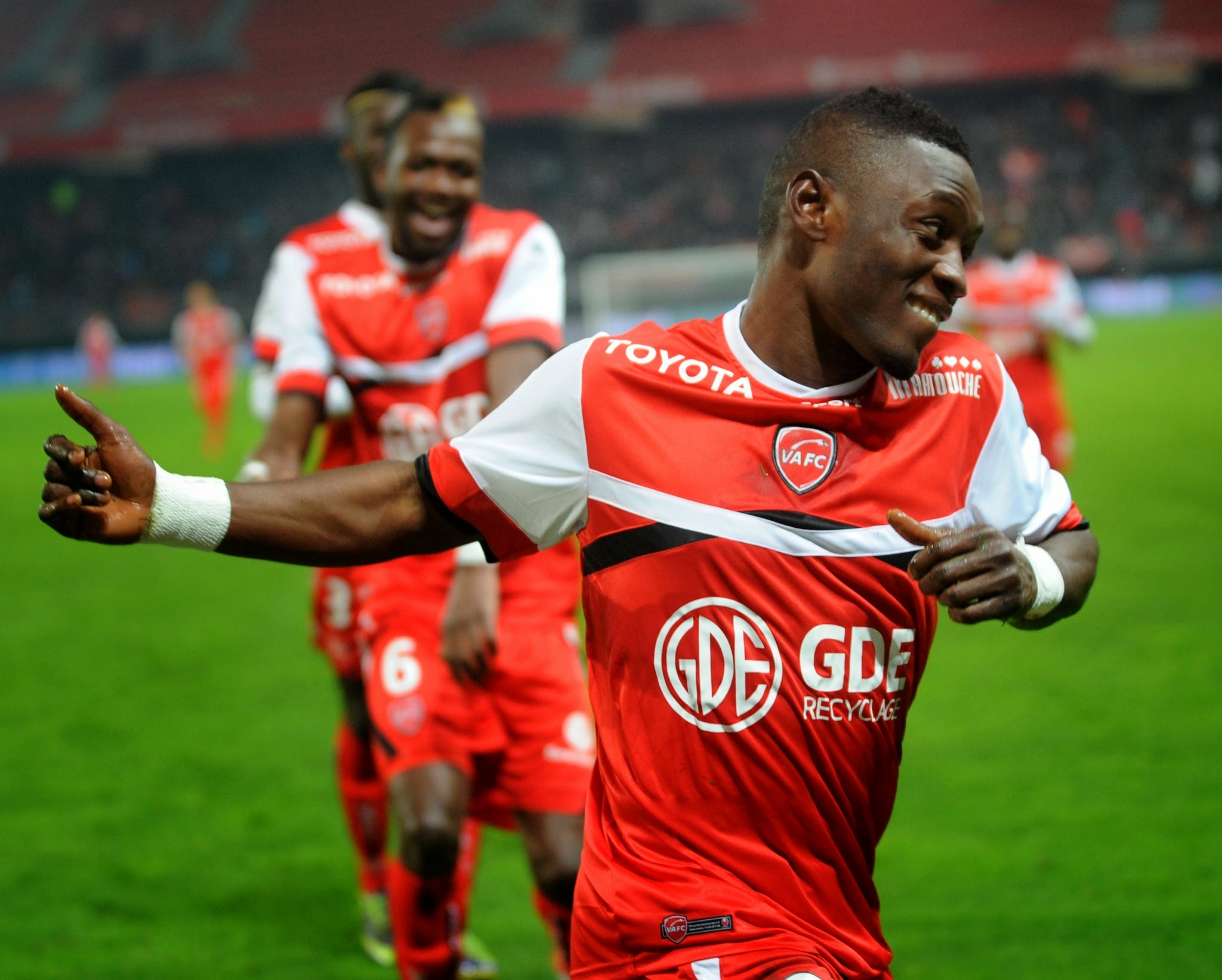 Match Valenciennes FC Nimes Olympique en direct live streaming