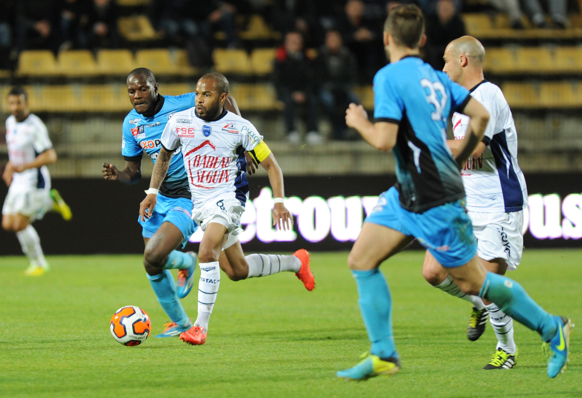Match ESTAC Troyes vs AJ Auxerre en direct streaming live