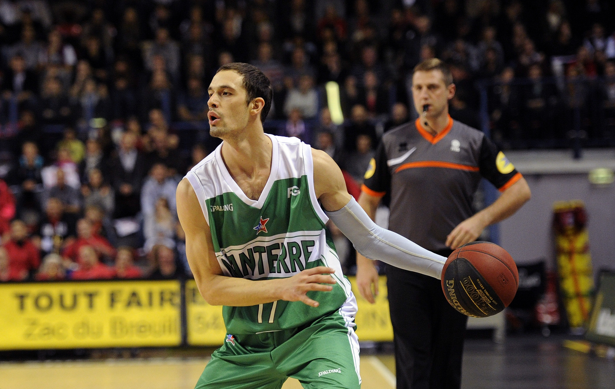 match basket cholet vs jsf nanterre en direct live streaming ibuzz365. Black Bedroom Furniture Sets. Home Design Ideas