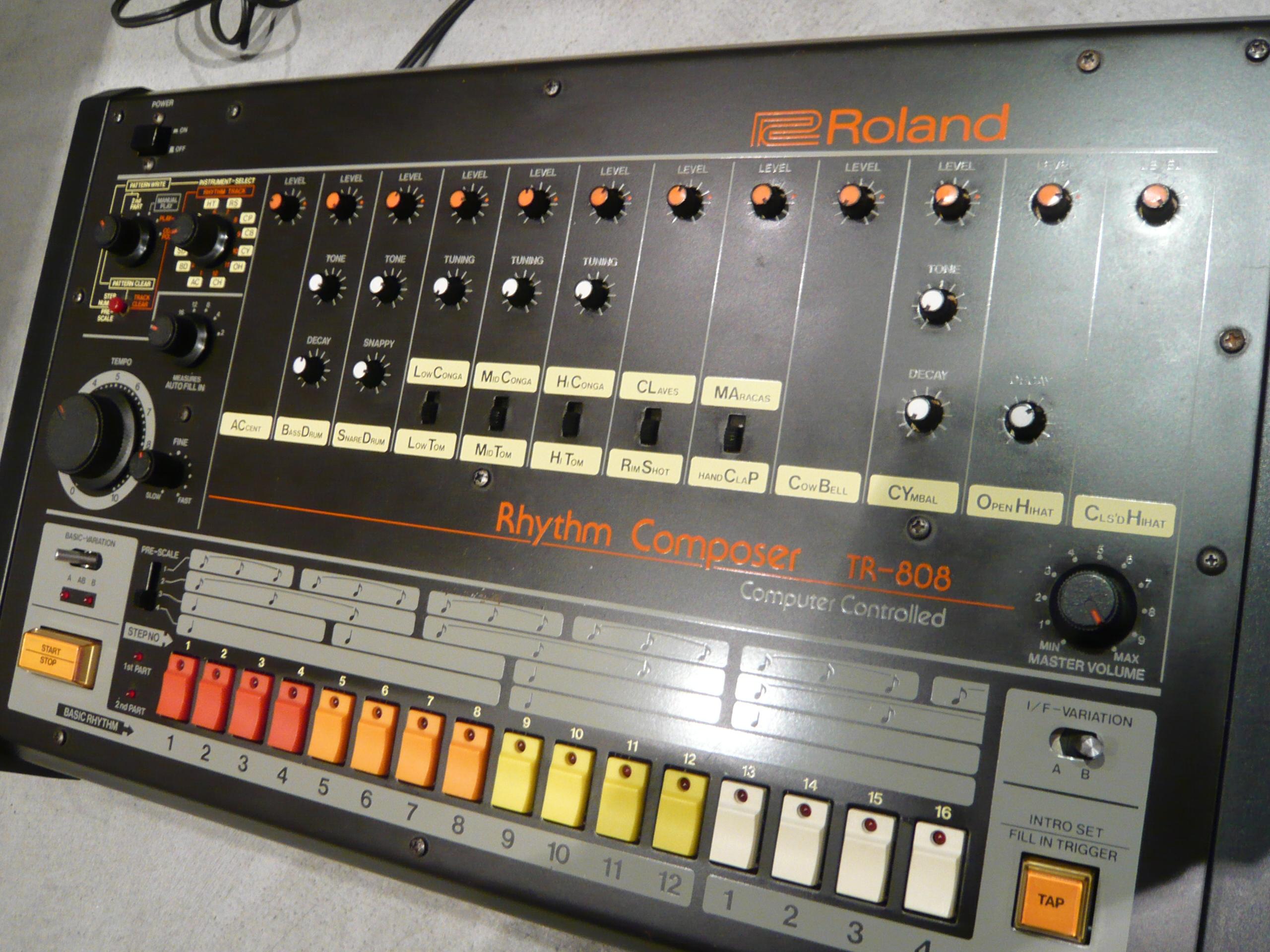 TR 808 Roland