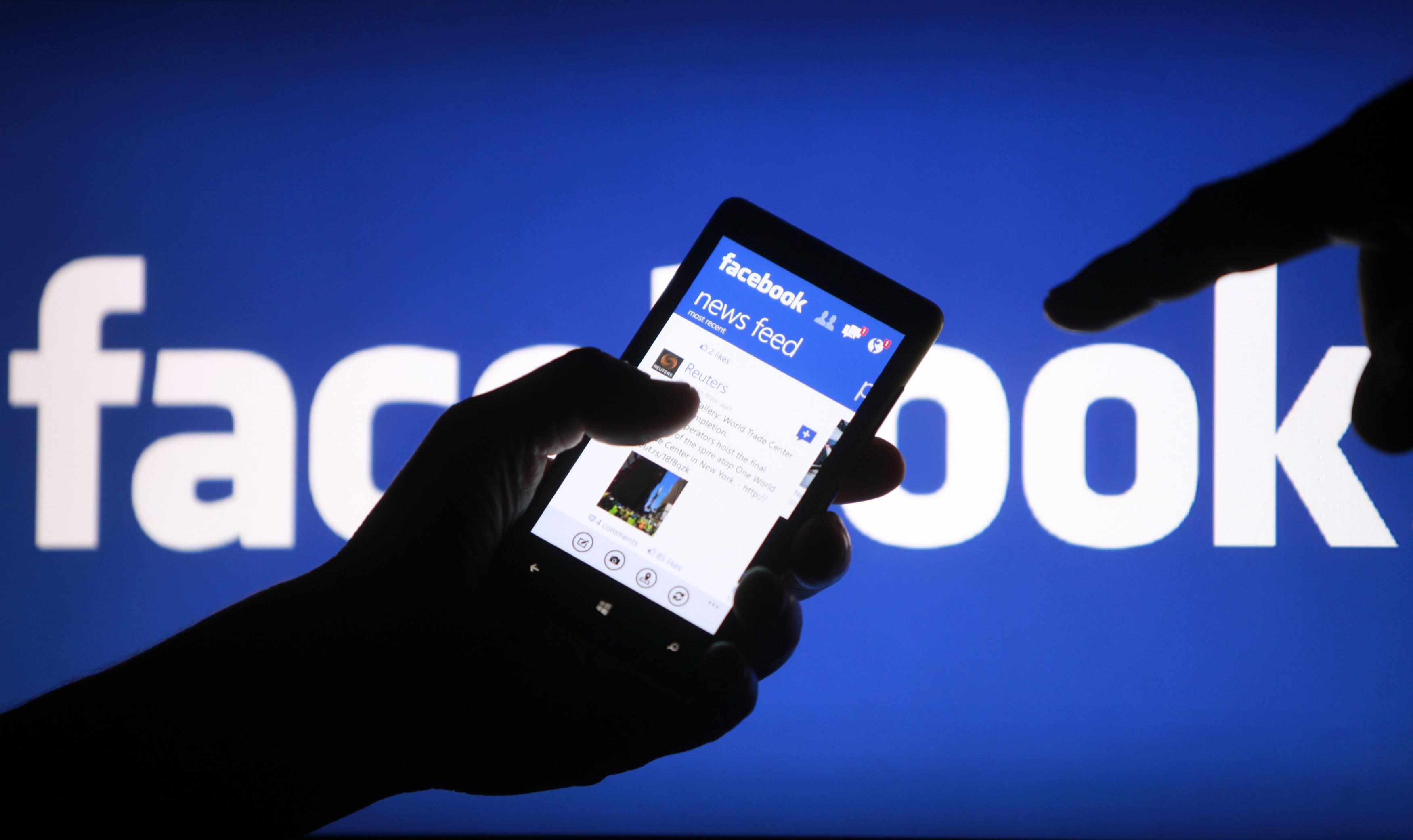 Facebook-nest-plus-aussi-populaire