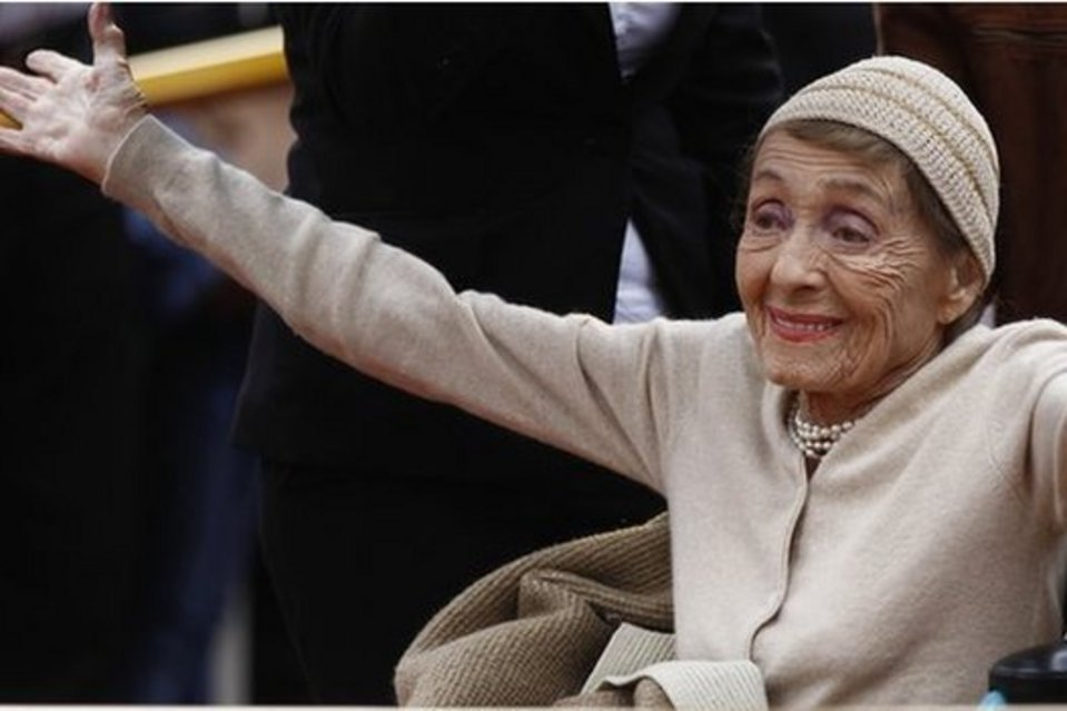 Luise Rainer est décédée