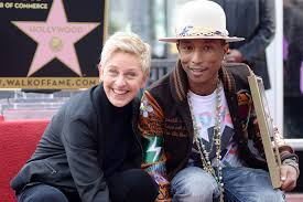 Pharrell Williams décroche son étoile à Hollywood