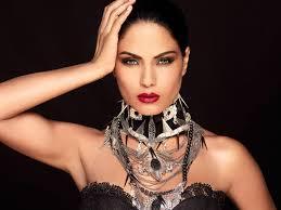 Veena Malik condamnée à 26 ans de prison au Pakistan pour blasphème