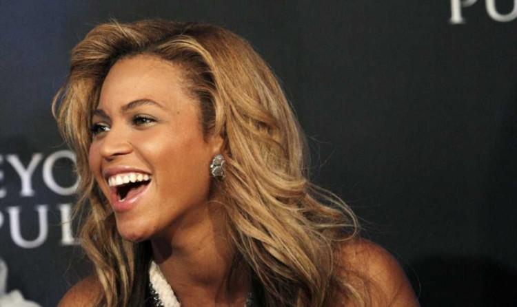 Beyoncé ne met pas un terme aux rumeurs de grossesse