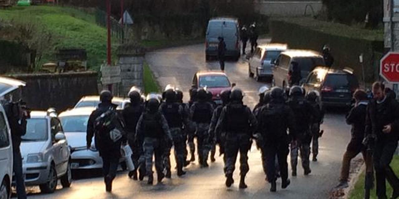 Charlie Hebdo - Traque des suspects