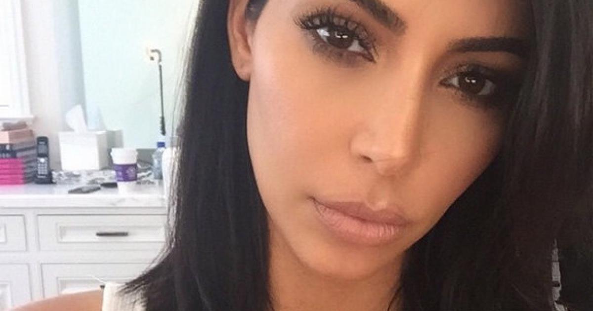 Kim prête à tout pour avoir des selfies parfaits