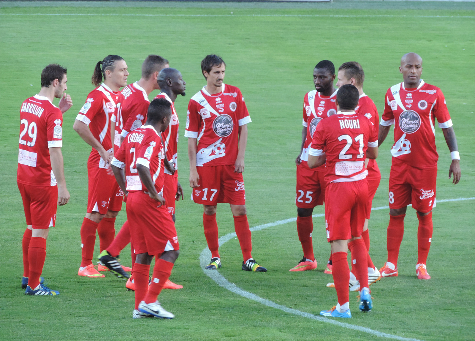 Match Stade Brestois 29 vs Nîmes Olympique en direct live streaming
