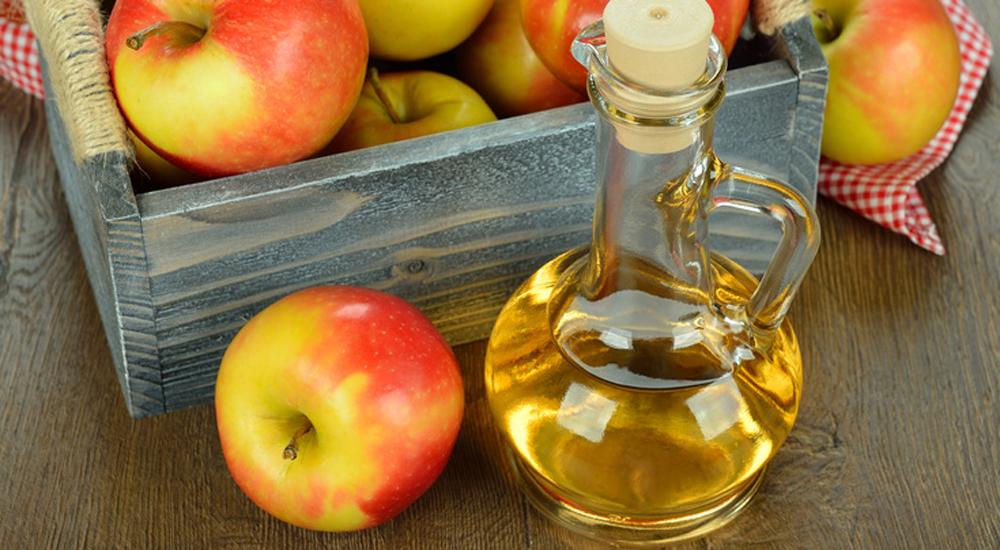 Vinaigre-de-cidre-votre-meilleur-produit-beauté