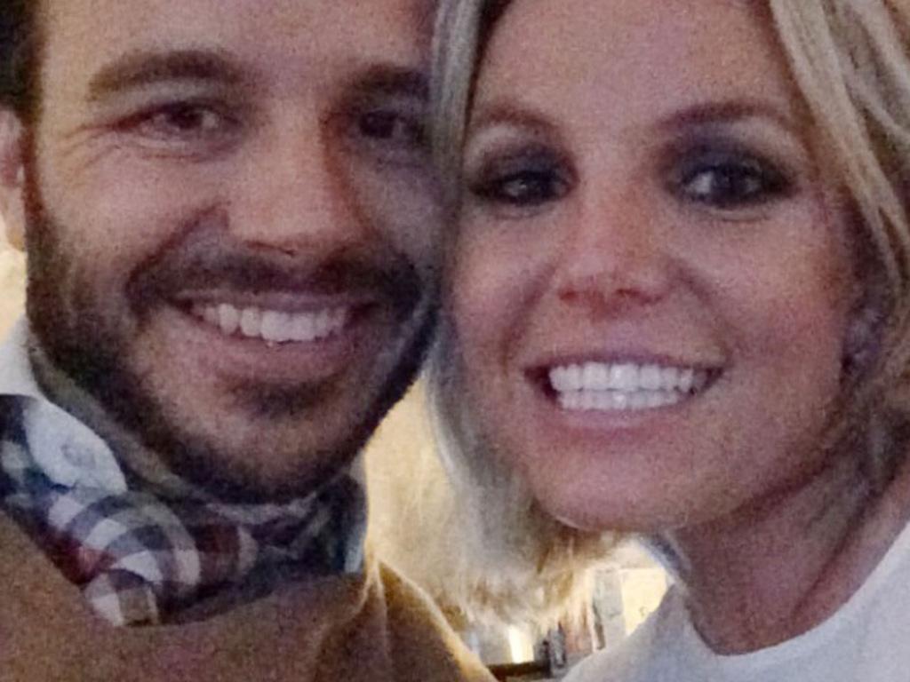 Britney va se faire passer la bague au doigt par Charlie Ebersol