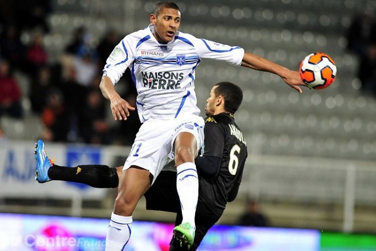 Match Auxerre vs Angers en direct live streaming