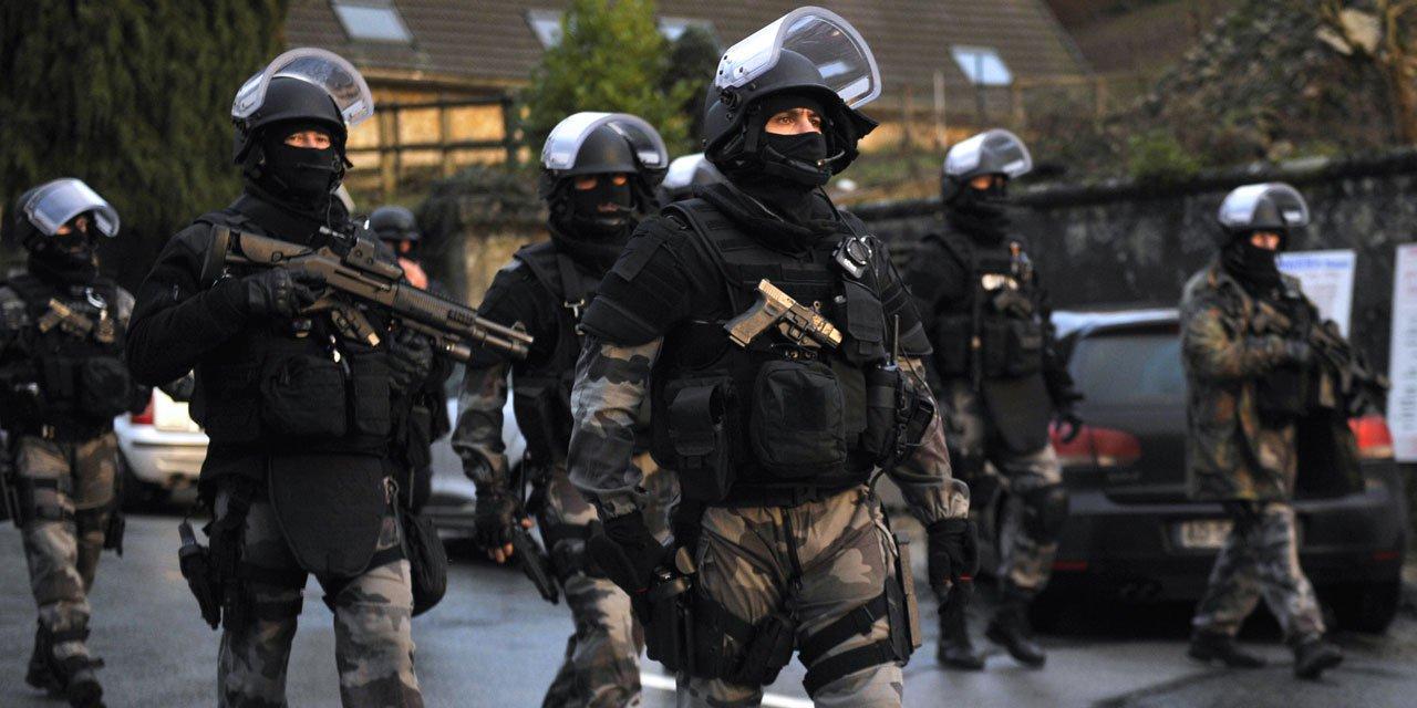 Raid - Prise d'otages dans un centre commercial à Paris