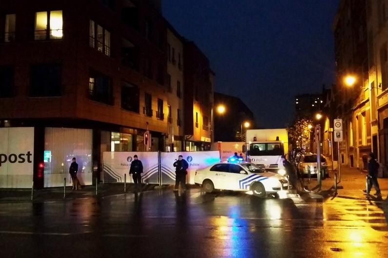 Plusieurs arrestations à Bruxelles liées aux attaques de Paris