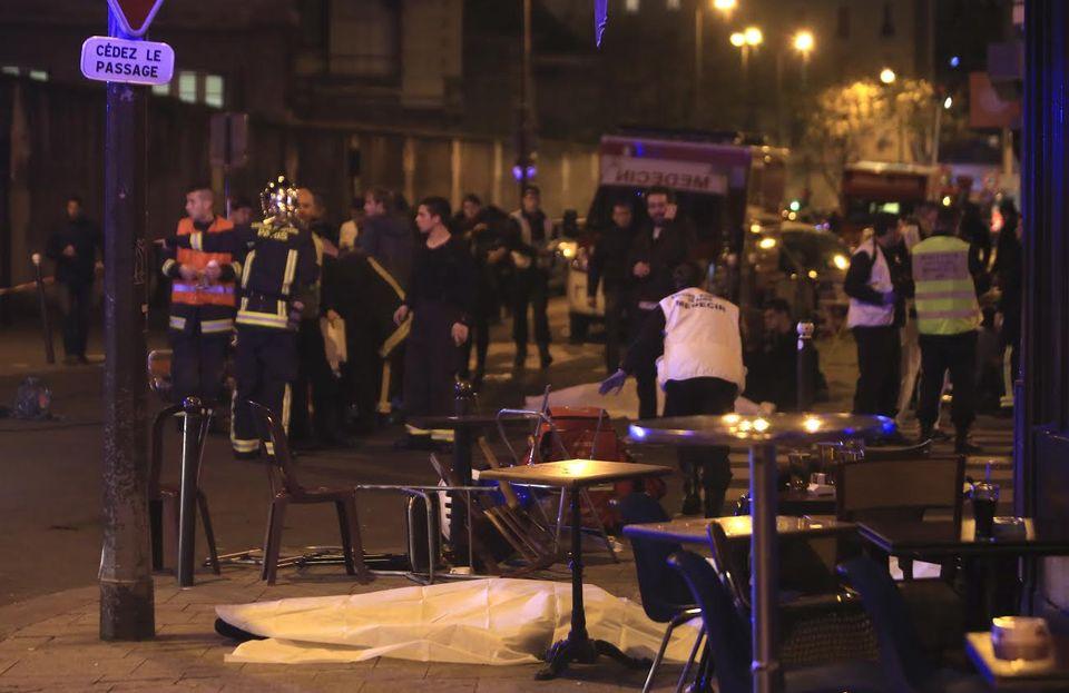 Plusieurs fusillades se déclenchent à Paris