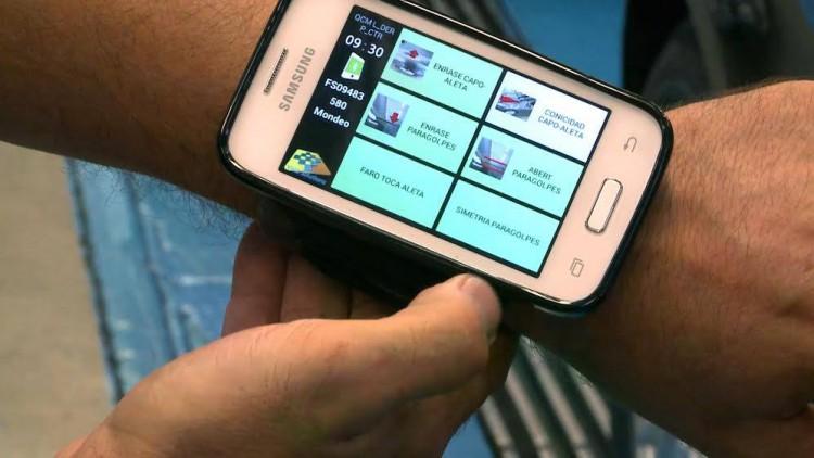 Une application smartphone innovante fait gagner aux collaborateurs de l'usine Ford de Valence un kilomètre de marche par jour