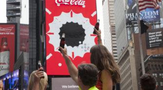 Coca-Cola: Des pixels mobiles pour un affichage somptueux à Times Square