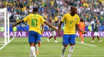 Neymar - Fernandinho - Match Brésil vs Mexique